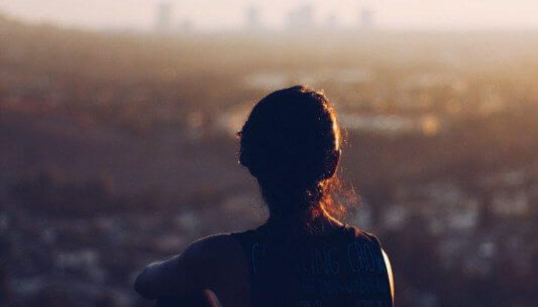 Relaciones agresivas y conductas impulsivas versus Autocontrol Emocional